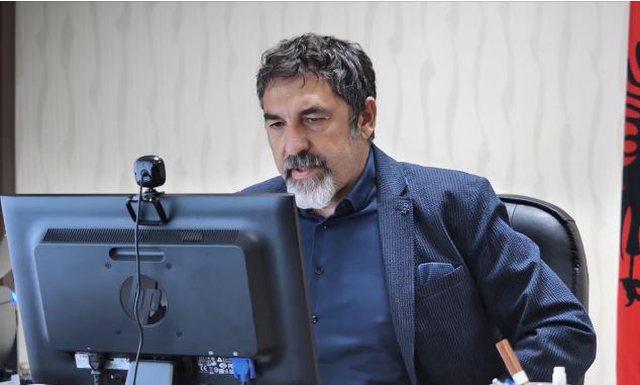 Ministri Çuçi-policëve: Dua rezultate, mos kurseni