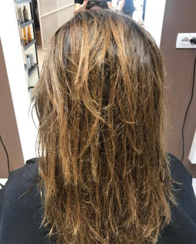 Trajtimi që po bëjnë vipat për të pasur flokët e