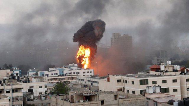 Foto-Video/ Izraeli shpall gjendjen e emergjencës, çfarë po