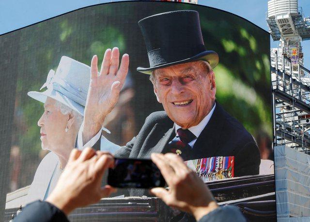 Pullat e reja postale në Britani do të kenë imazhet e Princit