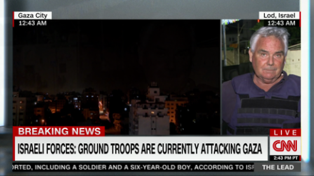 Photo-Video / The CNN reporter finds the right word to describe the