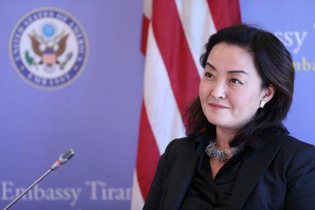 Sali Berisha non grata nga Amerika! E para në Shqipëri Yuri Kim