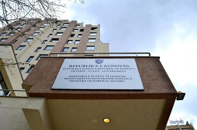 Ministria e Jashtme e Kosovës kërkon shkarkimin e të gjithë