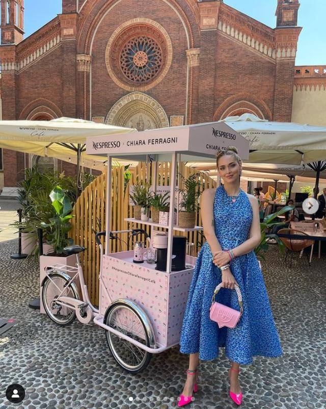 If you hit the road in Milan, drink coffee or eat something at Chiara