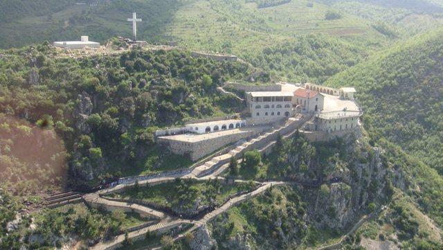 Pelegrinazh në Kishën e Shna Ndout/ Policia njofton plan masash