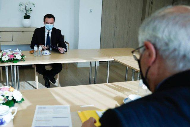 Albin Kurti i zhgënjyer nga takimi me Vuçiç në Bruksel: