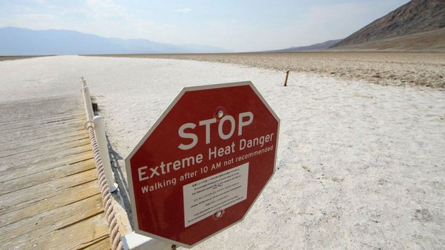 California in a state of extreme heat: Keep the lights off and out of the sun