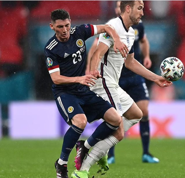 Virusi futet në Euro 2020: The Man of Match del pozitiv, por ja pamjet kur