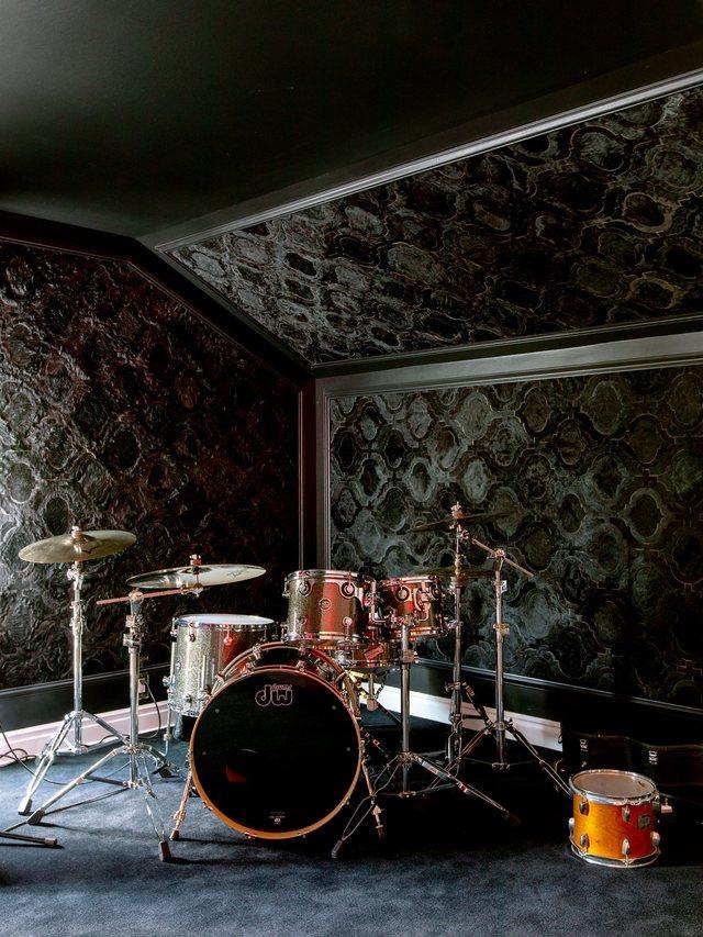 Video/ Gjithë dhomat sekrete të shtëpisë së Cara