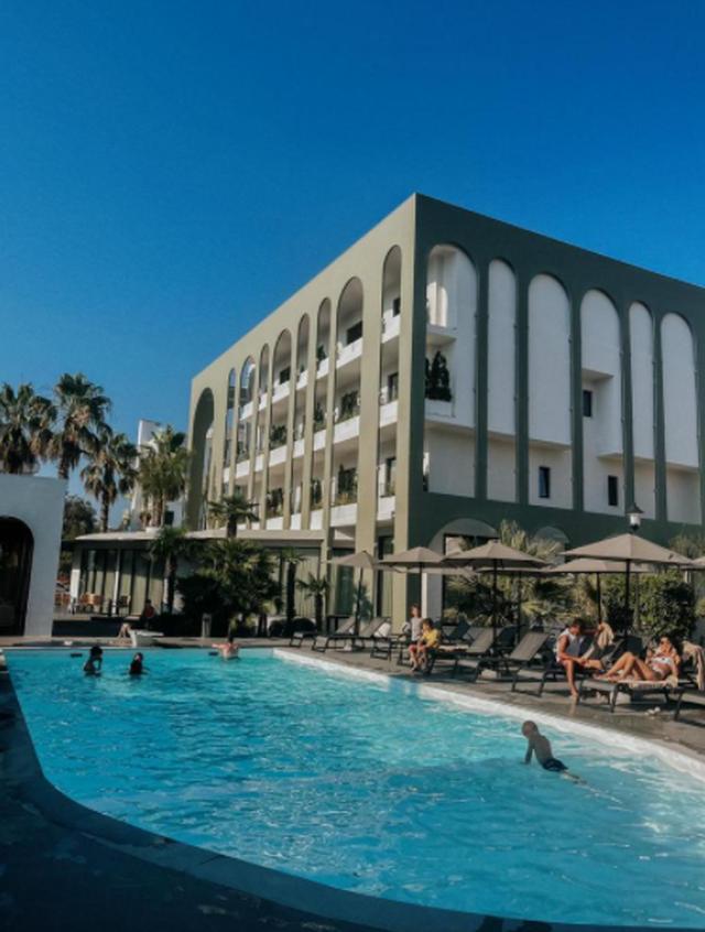 Nëse NUK po kërkon thjesht një hotel pushimesh, ndalo këtu!