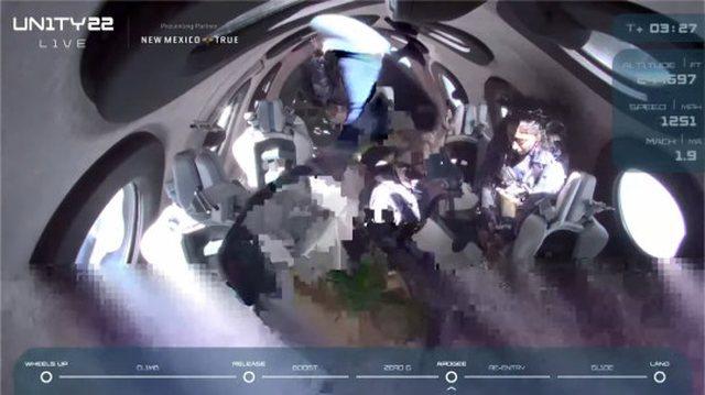 Richard Branson fluturon në hapësirë: E kisha ëndërr
