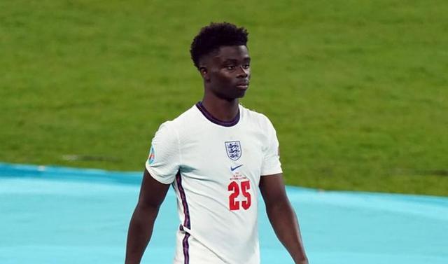Letra e futbollistit anglez që humbi penalltinë: Realitet i hidhur