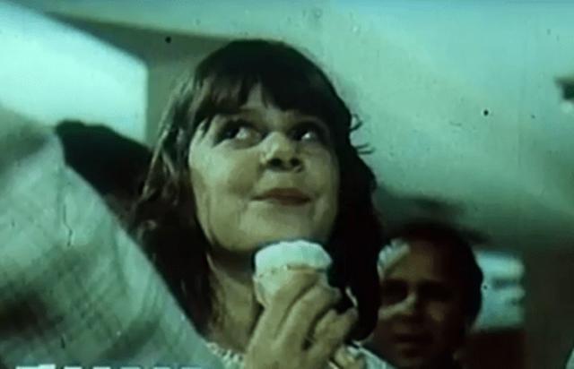 Nostalgji/ 'Edhe akullore, edhe çokollatë'. Rudina dhe