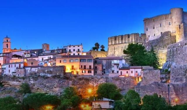 28 mijë euro nëse zgjedh të jetosh në Kalabri, por ka disa