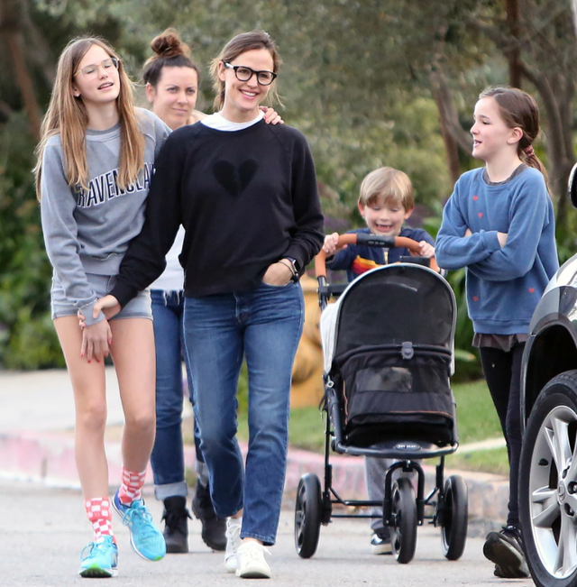 Bennifer, what do the 5 kids think about their relationship?