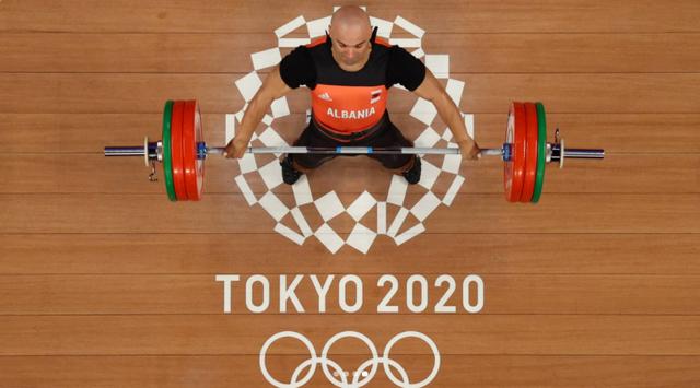 Lojërat Olimpike/ Peshëngritësi Erkand Qerimaj renditet i pari