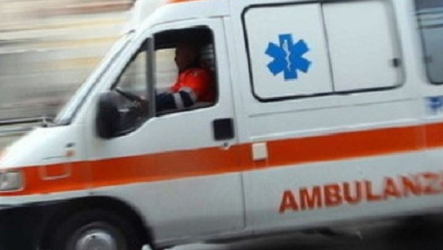 Thumanë / Fell from the third floor of the apartment, the 25-year-old dies