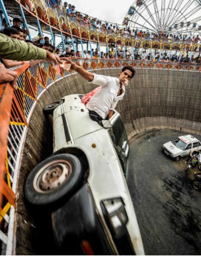 "Impressive photos that won awards at the ""Muse Photography Awards"""
