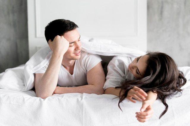 Sa shpesh bëjnë seks çiftet, sipas viteve të martesës