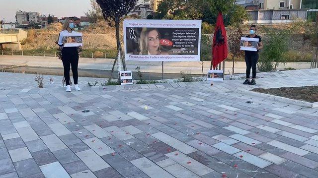 Shpërthejnë protesta për vrasjen e Sabrinës
