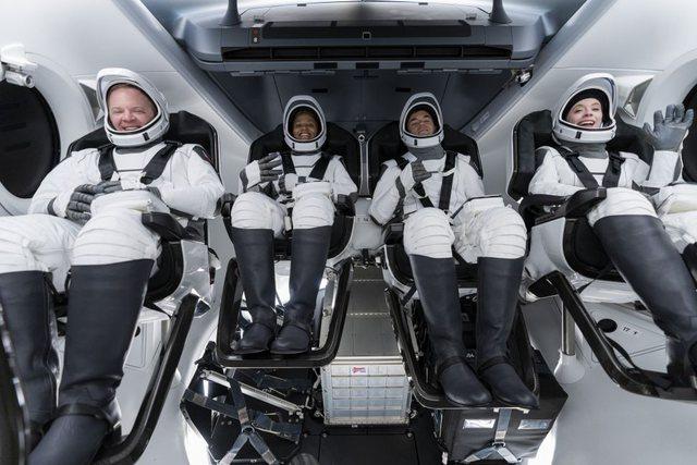 """""""Inspiration 4"""", SpaceX lëshon sot në hapësirë"""