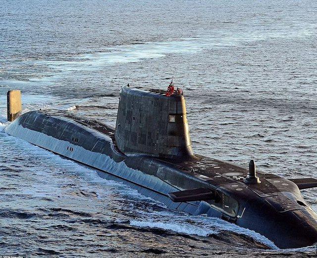 Marrëveshja për nëndetëset bërthamore shkakton reagime