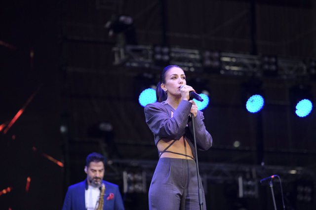 """VIDEO/ Elhaida Dani ndez koncertin e Ermal Metës në """"Air"""