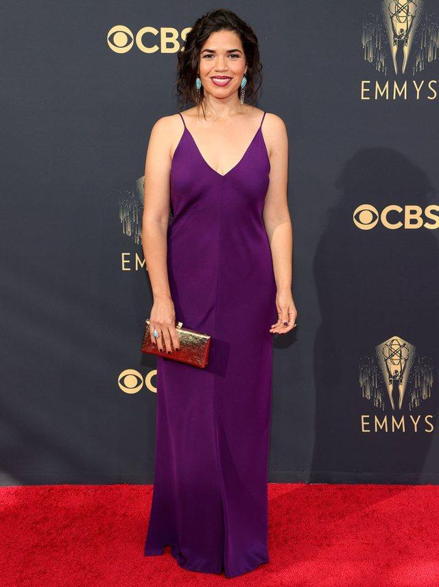 Kush qëlloi e kush gaboi në Emmy's 2021