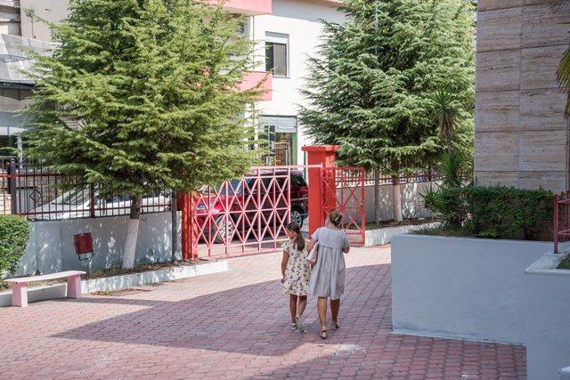 Shkollat në Tiranë do të kenë administratorë