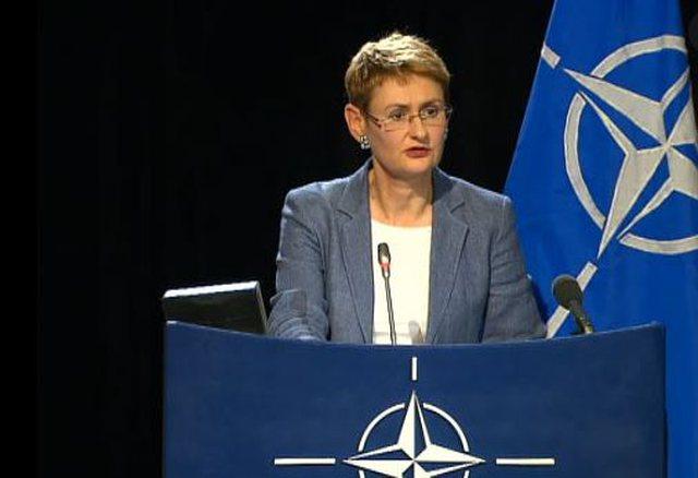 NATO i bën thirrje Kosovës dhe Serbisë për