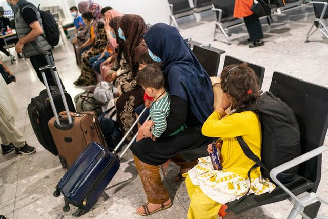 Afghan refugees dissatisfied with living in hotels: We want to return home