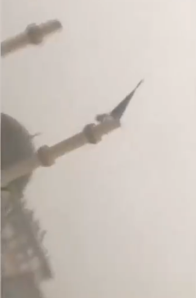 Video / The moment when the storm in Turkey knocks down the minaret of the