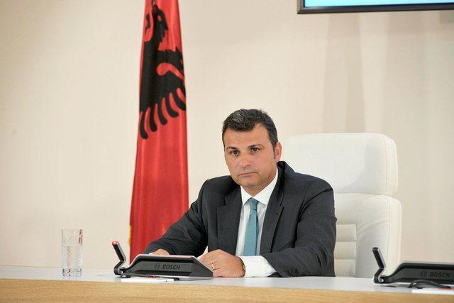 Infektohet me Covid guvernatori i Bankës së Shqipërisë, Gent