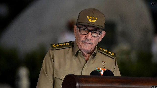 Raul Castro dorëhiqet nga udhëheqja e Partisë Komuniste