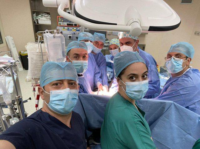 7 orë operacion, kryhet ndërhyrja e rrallë në QSUT