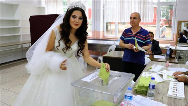 Elections in Turkey / The bride leaves the wedding going with the