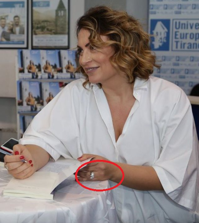 Albanian moderator is considered, the expensive ring reveals revealed