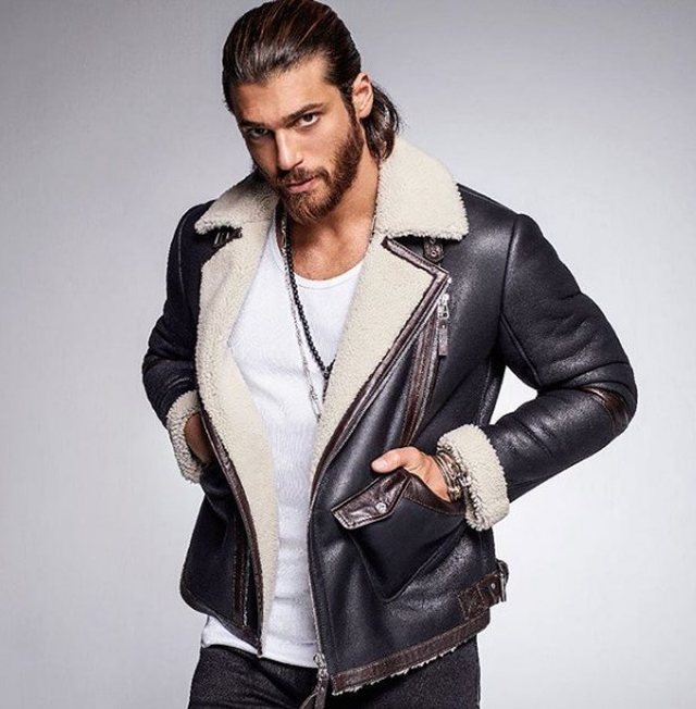 Can Yaman is named 'Male of the Year in Turkey', his speech