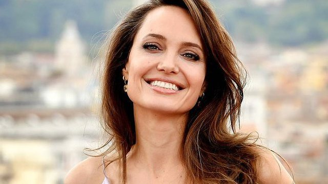 Like Princesses Of Fairy Tales Angelina Jolie Shines At The